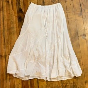 Long white cotton floral embroidered skirt